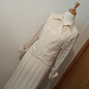 Vintage laced wrapped blouse